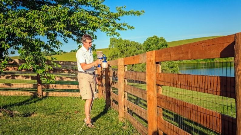 Maintenance Tips for Wood Fencing
